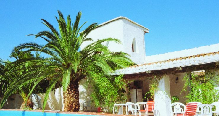 Cortijo Romero - mountain retreat centre for personal growth holidays