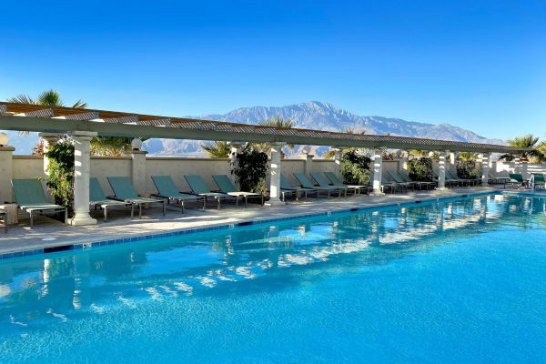 Azure Palm Hot Springs Mineral Water